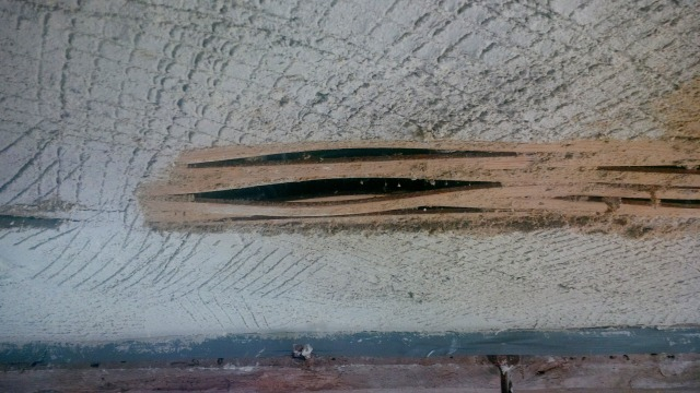 the expanded bent laths that pushed off the plaster